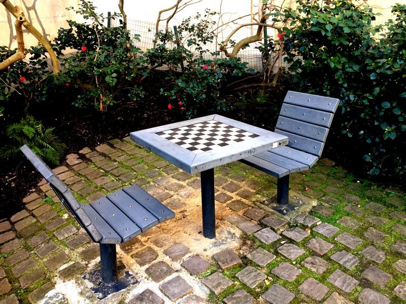 Square Anne Franck - Table d'échec
