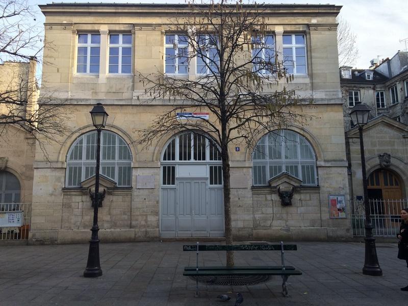 École de la Fontaine des Têtes de Boeufs