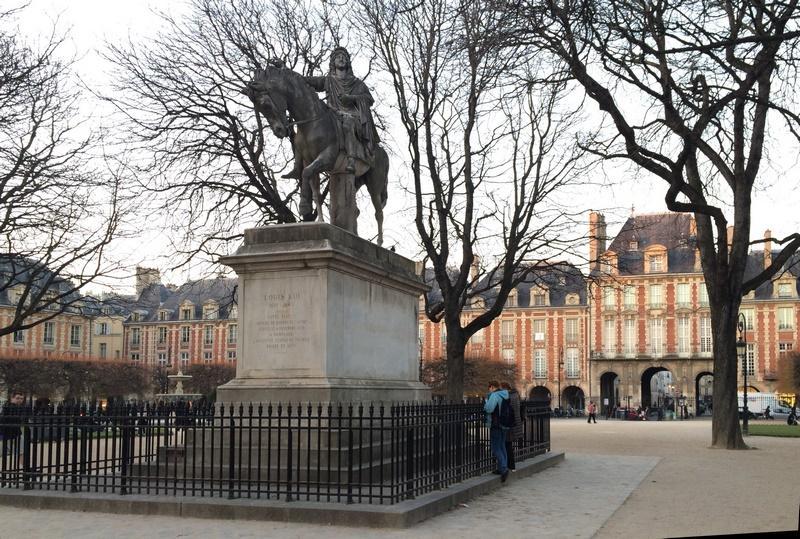 Place des Vosges - Louis XIII