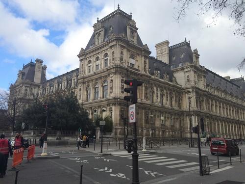 Hôtel de Ville AR